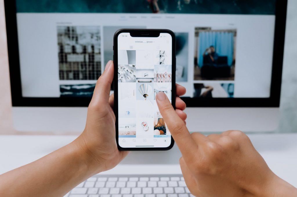 苹果公司将扫描iPhone上的儿童性侵图片,这赢得了赞誉,也引发了担忧