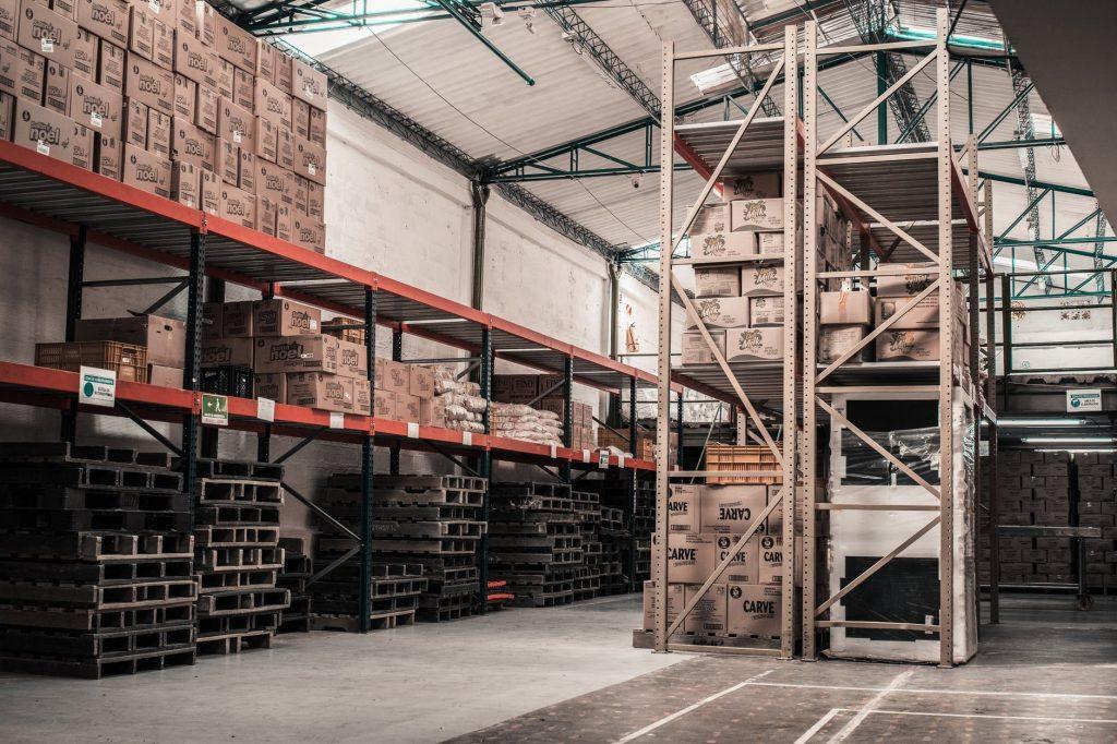 新一代人工智能机器人正在接管仓库
